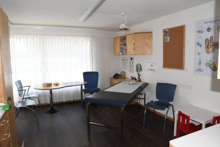 Kinderarztpraxis Bergblick | Dr.med. Béatrice Haefeli-Bleuer | Unterseen b. Interlaken | Bildergalerie Behandlungsangebot 05