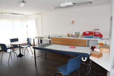 Kinderarztpraxis Bergblick | Dr.med. Béatrice Haefeli-Bleuer | Unterseen b. Interlaken | Bildergalerie Behandlungsangebot 00